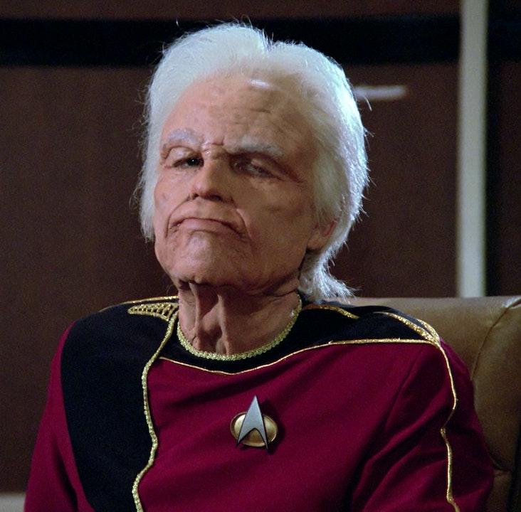 Star Trek, generations. How it misses the generational mark.