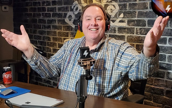 At The Mic (with Keith) - Episode 3 - Guest: Jeff Fisher (3/20/2020) Image