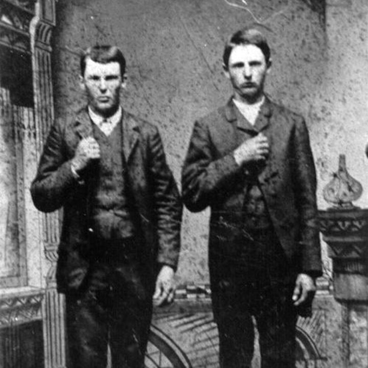 12 - The Great Northfield Raid (James-Younger Gang)