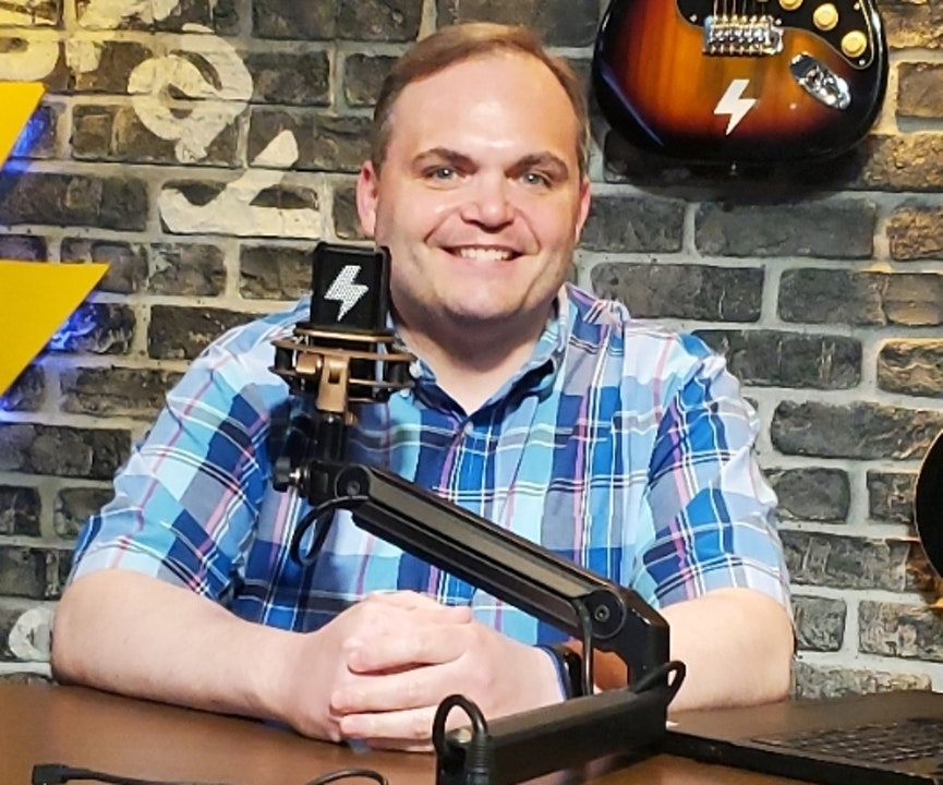 At The Mic (with Keith) - Episode 17 - Guest: Steve Deace (6/26/2020)