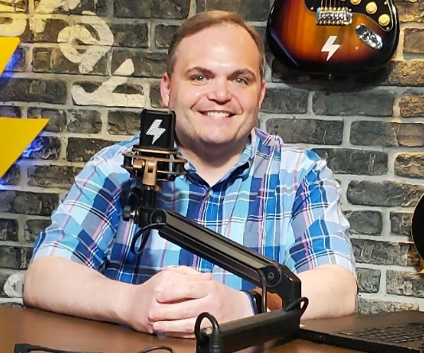 At The Mic (with Keith) - Episode 17 - Guest: Steve Deace (6/26/2020) Image