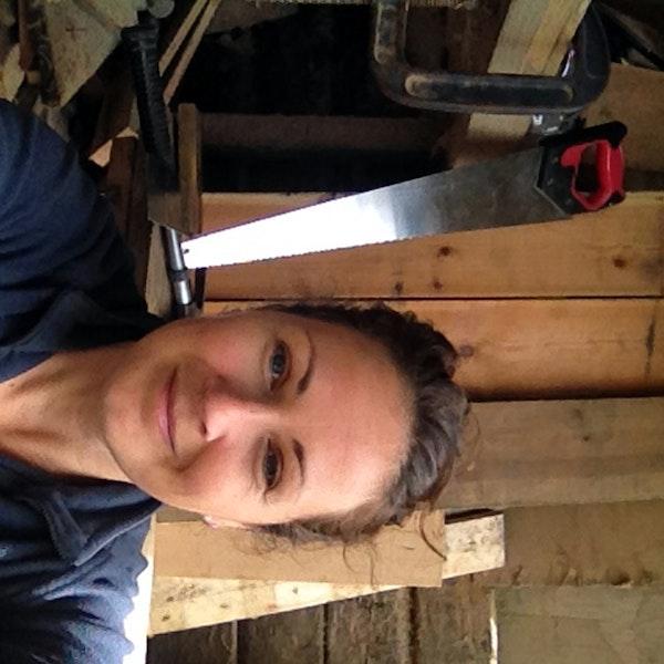 Ep. 8 Jen Gardner: Upcycling Furniture Artist Makes Lumber Live Longer Image