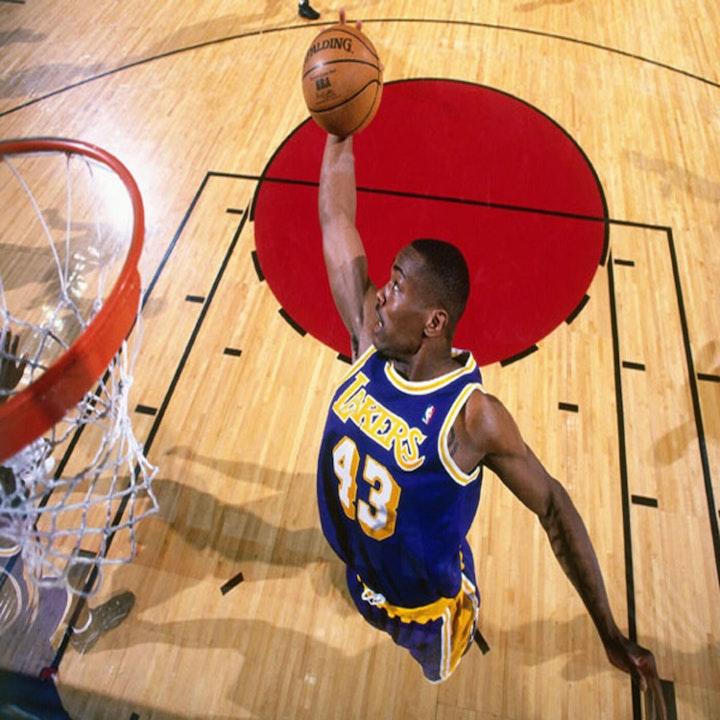 Corie Blount: University of Cincinnati star and 11-year NBA veteran - AIR013