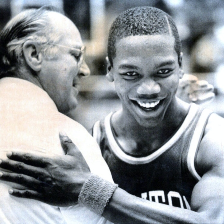 Roosevelt Chapman: Dayton legend, NBA draftee and international star - AIR048