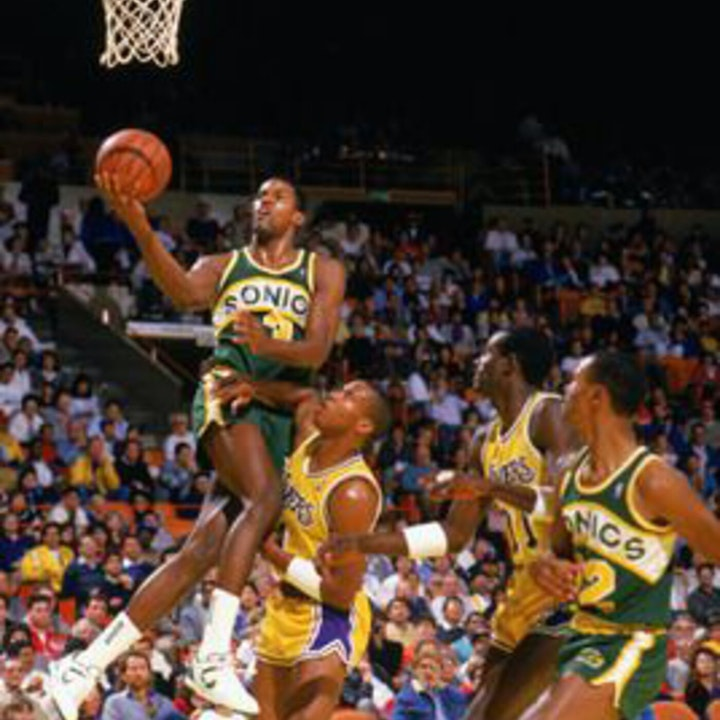 Dale Ellis: Two-time All-American (Tennessee), All-Star & 17-year NBA veteran - AIR057