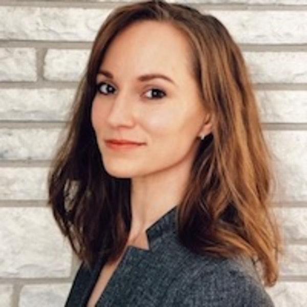 """Episode 3- """"Momming,"""" Shaming & Vulnerability Hangovers with Amanda Harrington Image"""