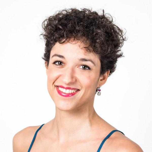 Alix Reigner on navigating her life as a Freelance Dancer, Podcaster, and Entrepreneur   The Freelancer Talk Image