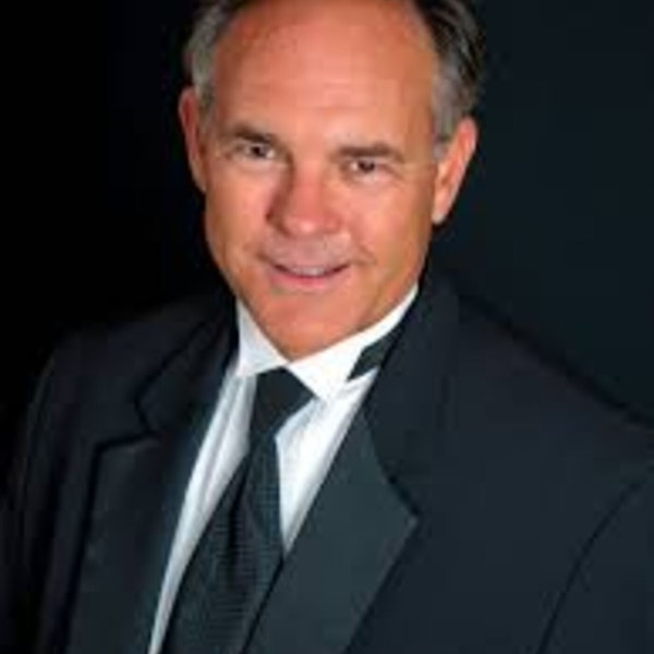 Dr. Joe Holt, Conductor and Artistic Director of Choral Artists of Sarasota, Joins the Club Image