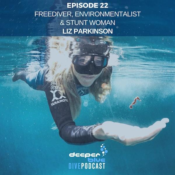 """Underwater Stuntwoman Liz Parkinson Talks of Her Work on the """"Avatar"""" Sequels & the World's Deepest DIY Submarine Image"""