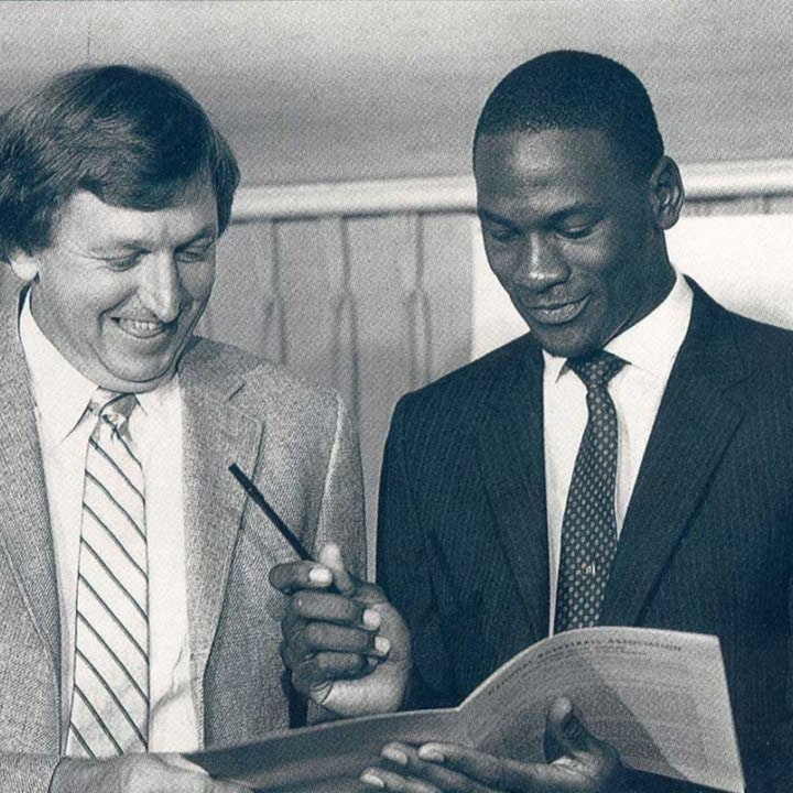 Michael Jordan's rookie NBA season - Chicago, Nike sign Jordan, 1984-85 Bulls training camp and preseason games - NB85-5