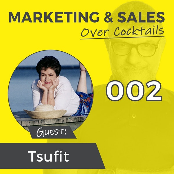 """002: """"Step Into the Spotlight"""" with Stories and Authenticity - with Tsufit Image"""