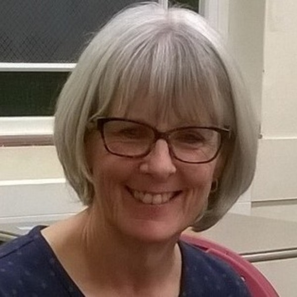 #2/09 GP to Author with Carol Tetlow Image